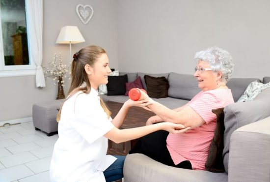 Physical Therapy Services for the elderly at home